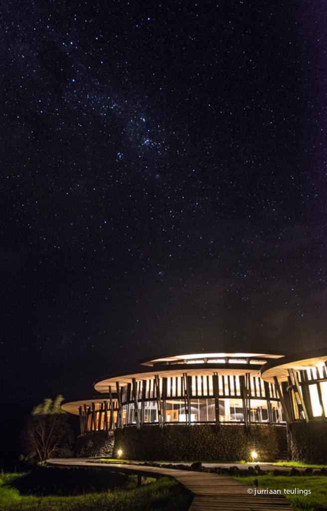 Paaseiland bij nacht