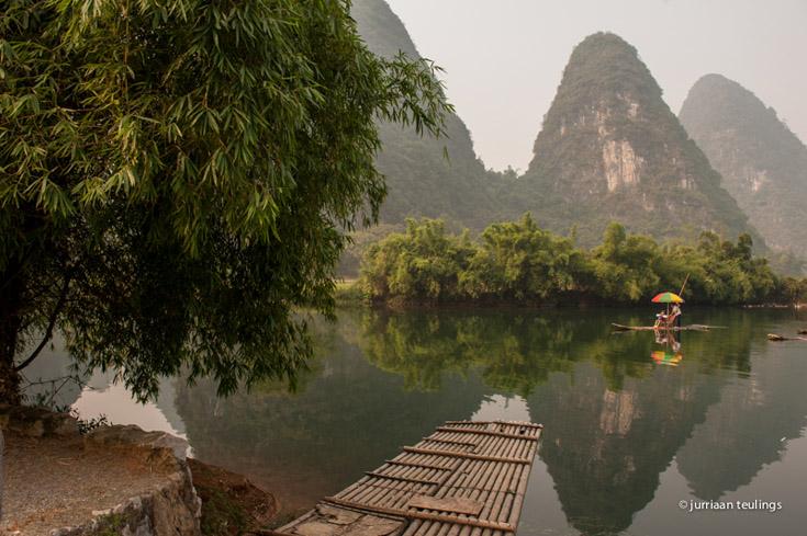 Het karstgebergte in Guangxi, China