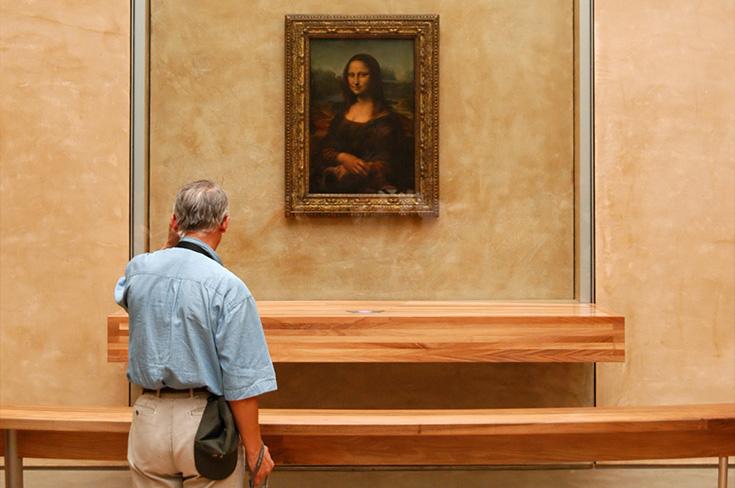 Zo laten veel reisgidsen je geloven dat een bezoek aan 's werelds beroemdste schilderij zal zijn...