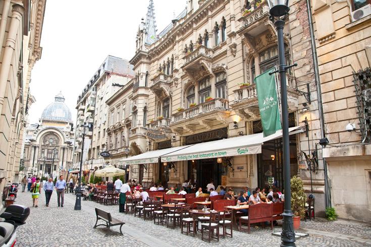 Boekarest winkels en terras