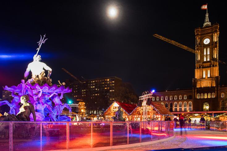 berlijn-kerstmarkt-rotes-rathaus