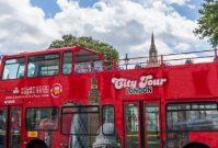 De voor- en nadelen van een hop-on / hop-off bus