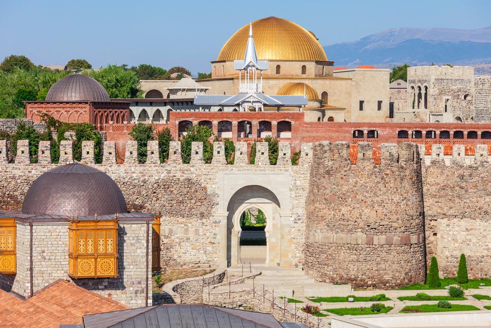 Rabati, in Akhaltsikhe, is een kastelen- en kloostercomplex uit de 9e eeuw
