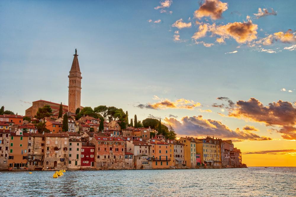 Waar Ligt Huizen : De leukste en meest charmante dorpjes van europa